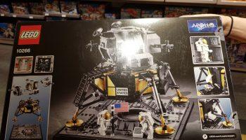 Nieuwe foto's tonen details LEGO Creator 10266 NASA Apollo 11 Lunar Lander