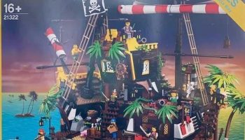Eerste foto's LEGO Ideas 21322 The Pirate Bay (Pirates of Barracuda Bay) gelekt