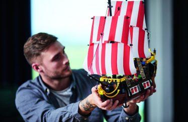 LEGO komt met tranentrekker voor promotie LEGO Ideas 21322 Pirates of Barracuda Bay