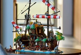 LEGO Ideas 21322 Pirates of Barracuda Bay nu te koop in LEGO Shop