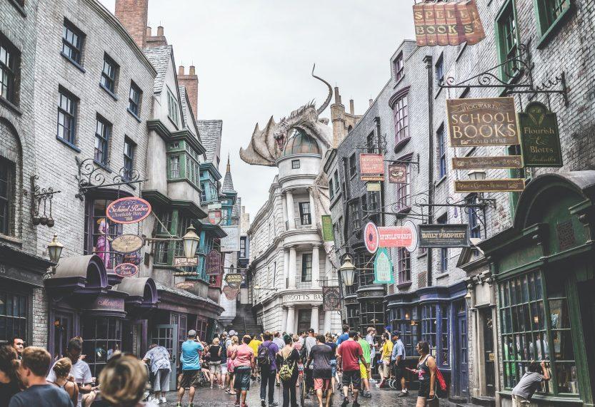 Gelekte stickerset bevestigt komst LEGO Harry Potter 75978 Diagon Alley