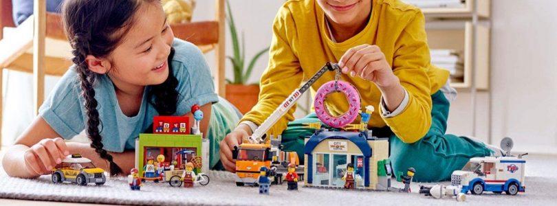 LEGO City 60233 Opening Donutwinkel voor laagste prijs ooit te bestellen