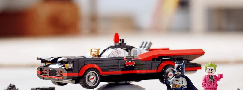 LEGO DC Comics 76188 Batman Classic TV Series Batmobile en 76180 Batman vs The Joker Batmobile Chase nu te koop