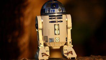 LEGO Star Wars 75308 R2-D2 in volle glorie te zien